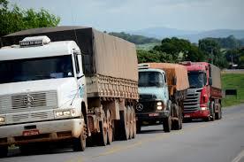 Greve dos caminhoneiros teve impacto de R$ 15 bilhões na economia, diz Fazenda.
